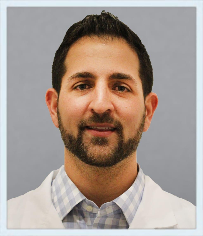 Dr. Daniel E Torres