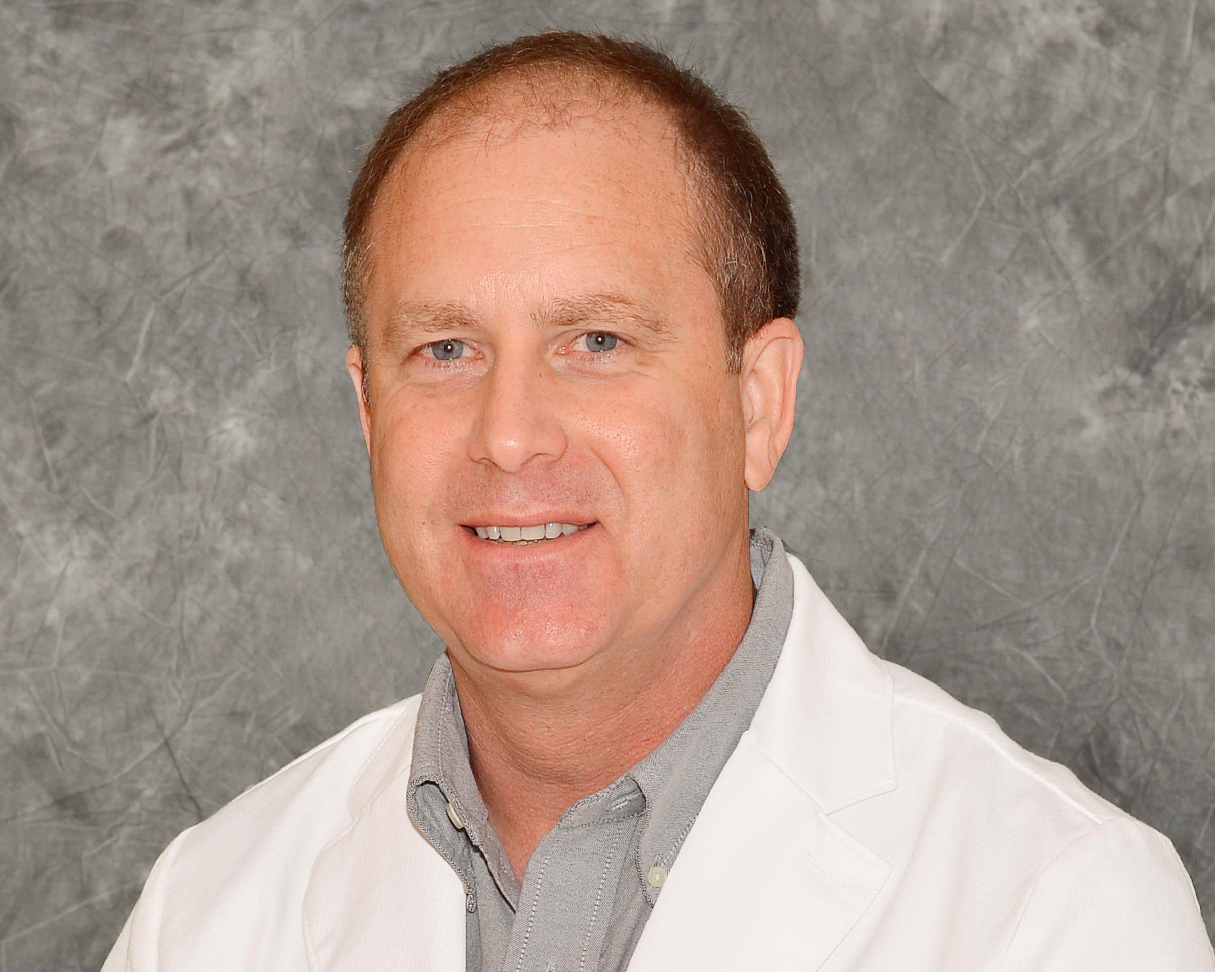 Dr. Robert W Nelson MD