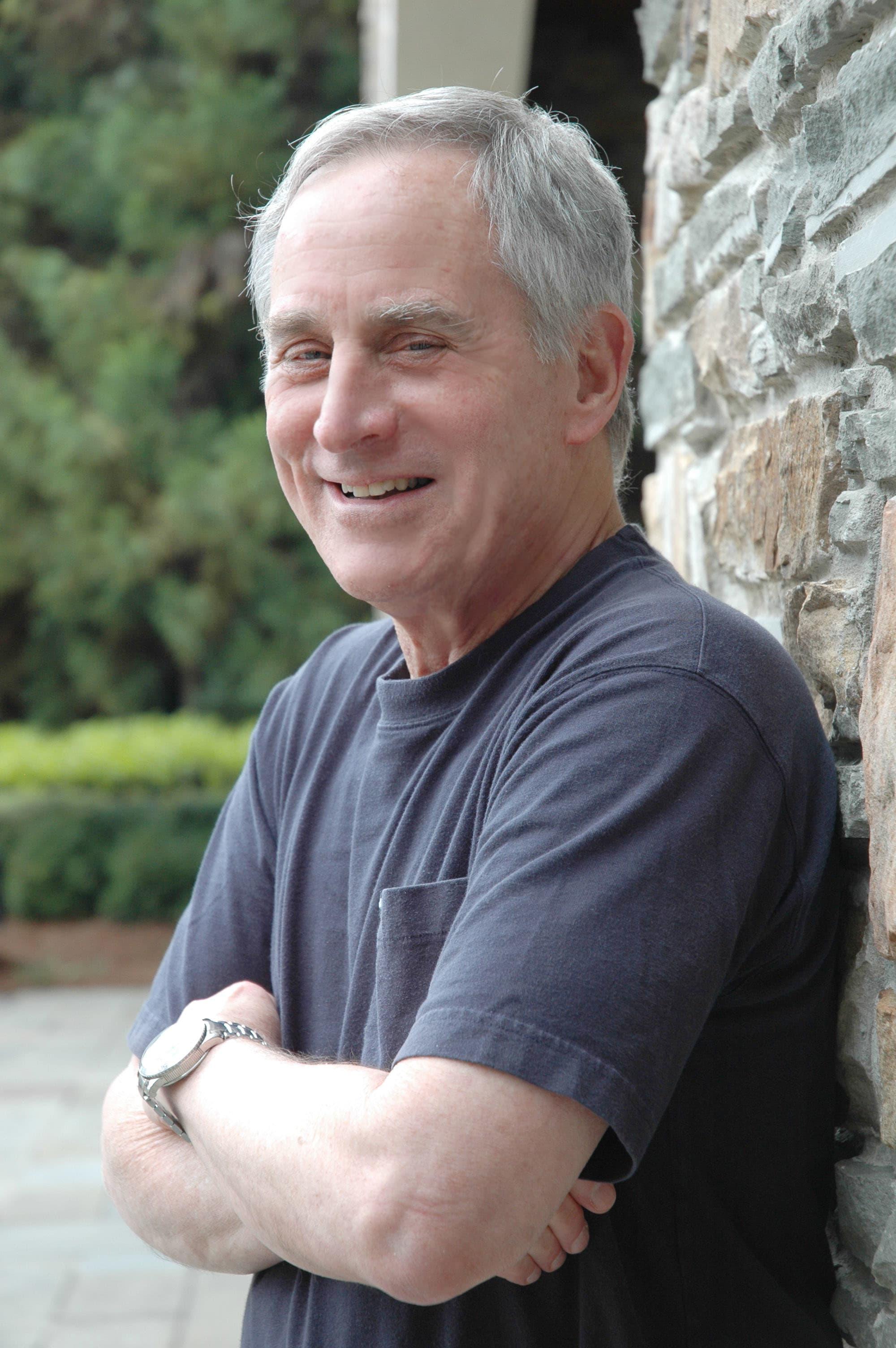 Dr. Michael Z Blumberg MD