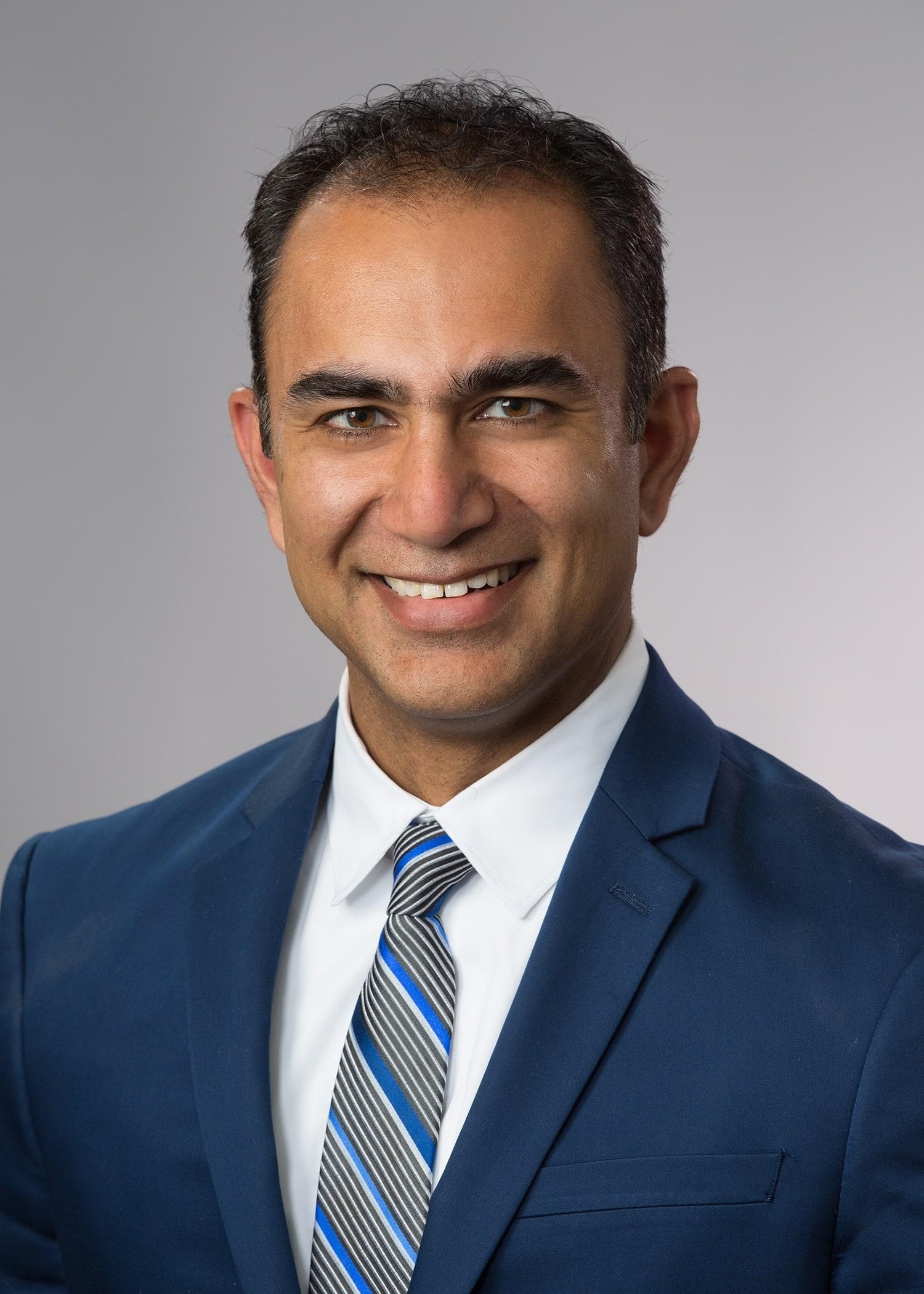 Dr. Kapil G Kapoor MD