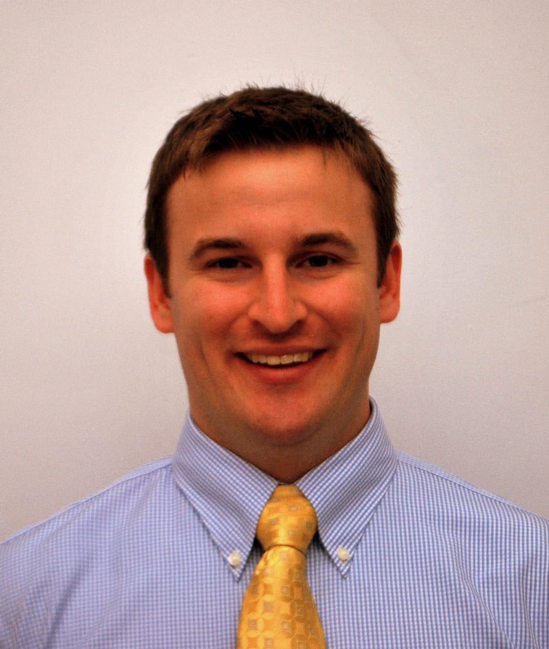 Dr. William R Rhoades MD