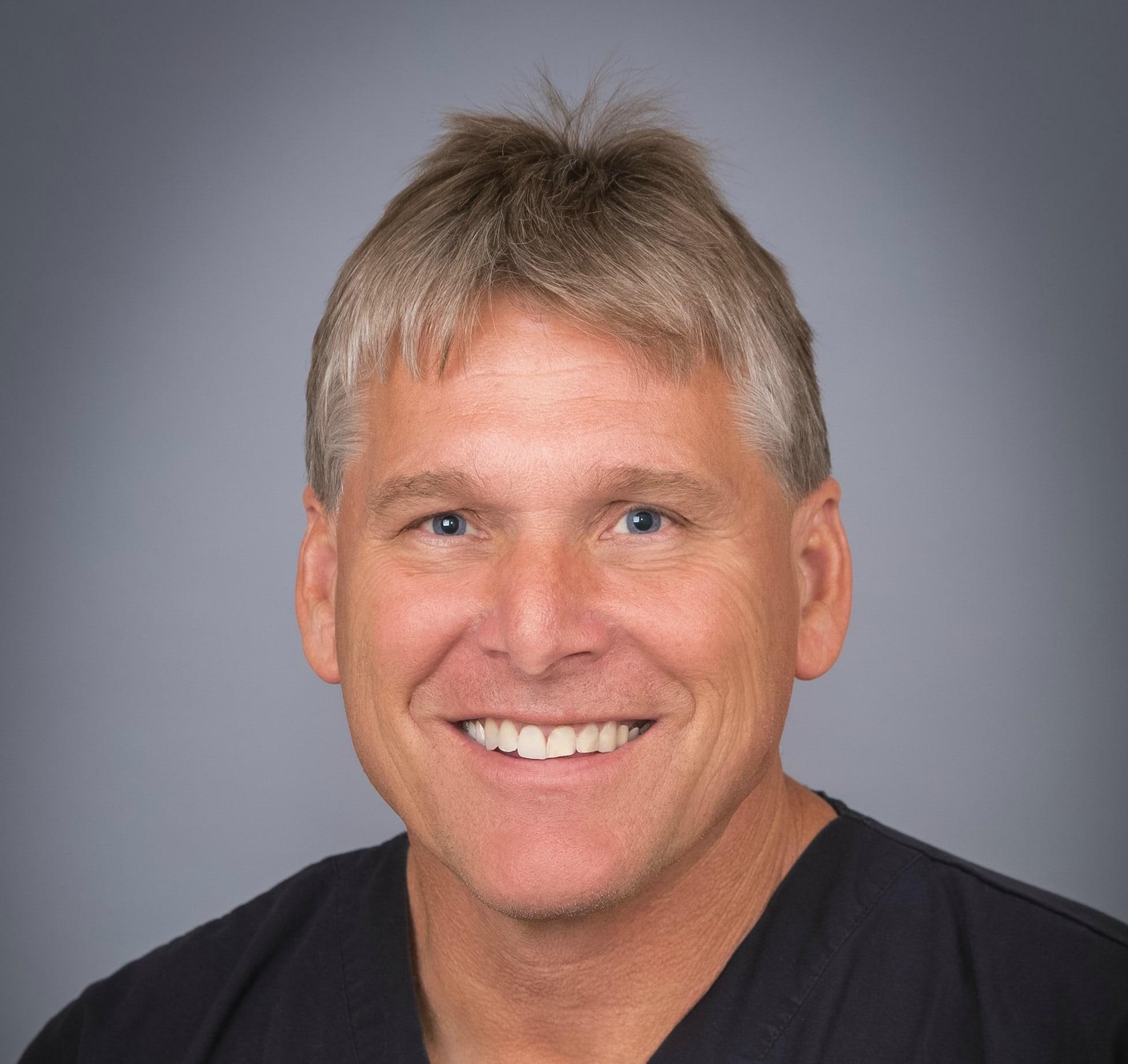 Credentials | Dr. Robert W Hagen MD Reviews | Coeur D