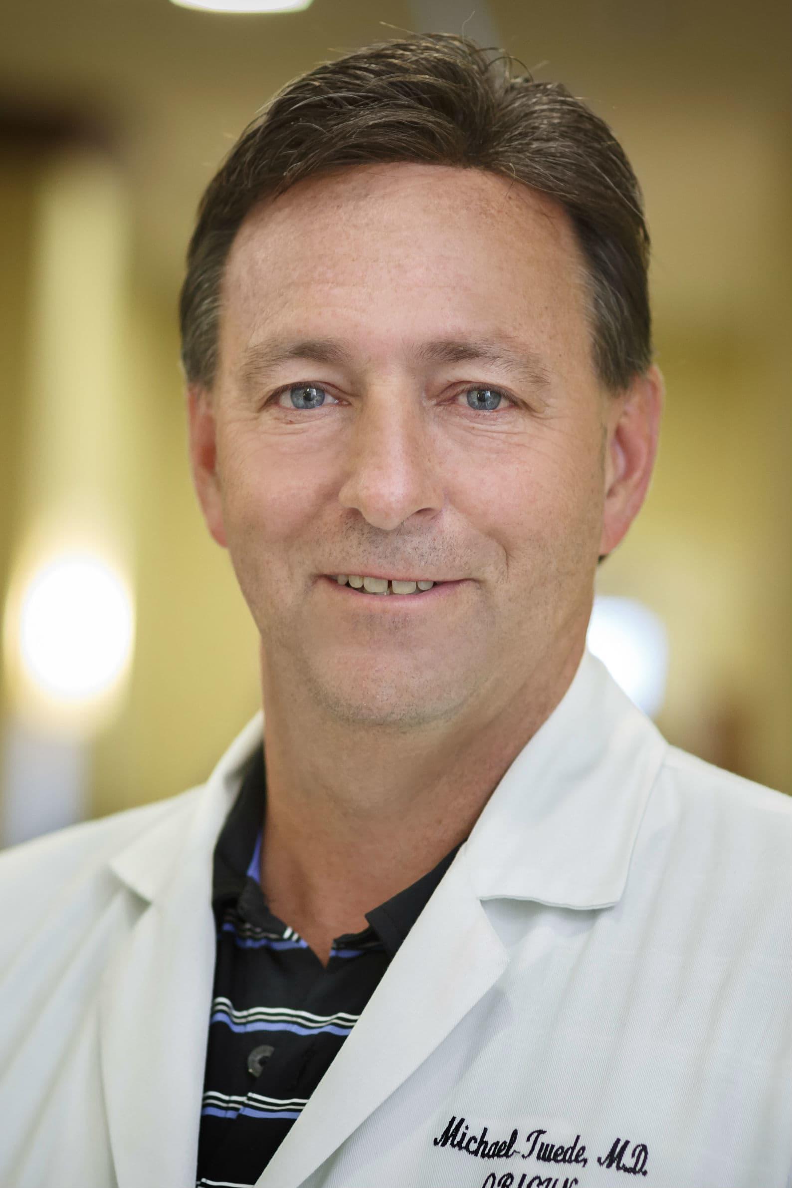Dr. Michael L Twede MD