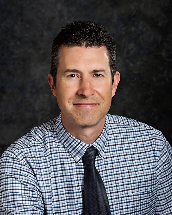 Dr. John W Voth MD