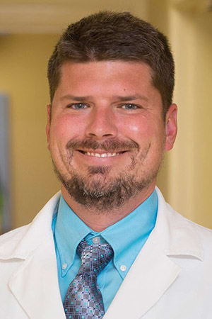 Dr. Charles W Hartin MD