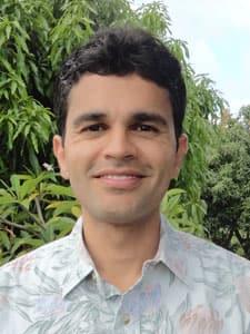 Dr. Piyush Tiwari MD