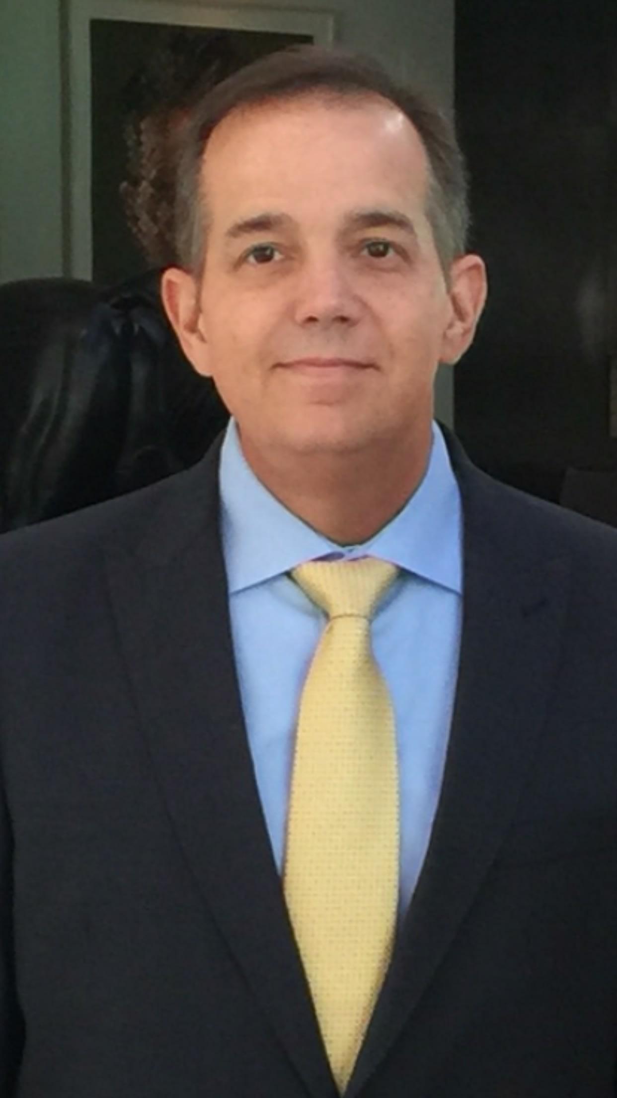 Dr. Arthur J Greenwood MD