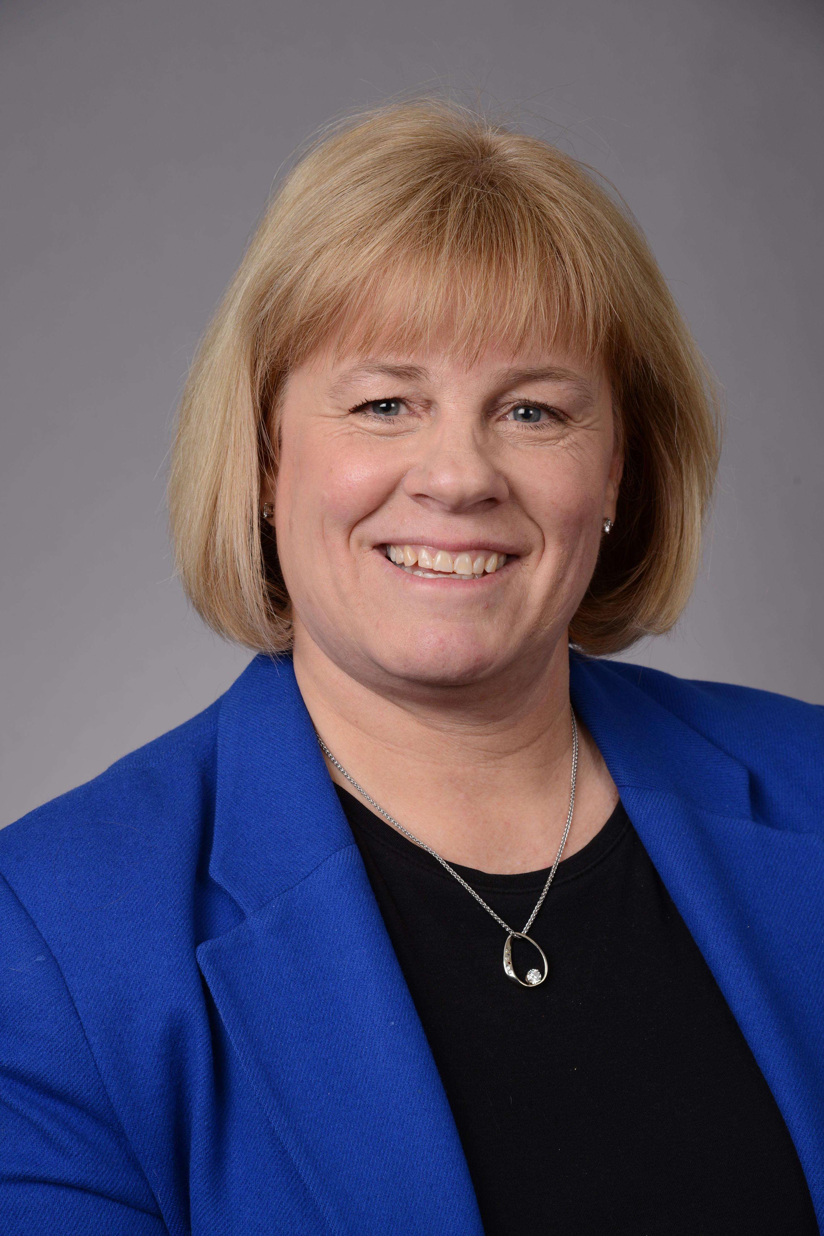 Dr. Carla J Rail MD