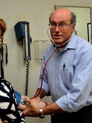 Dr. John E Bartmess MD