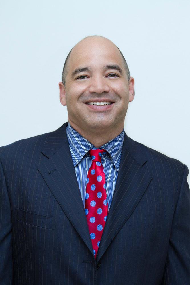 Dr. Juan C Alvarez MD