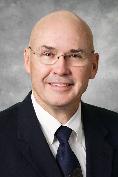 Dr. Glen G Daves MD