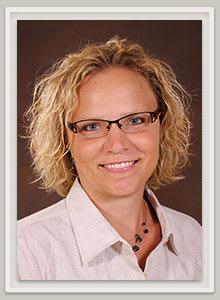 Dr. Melissa J Henke MD