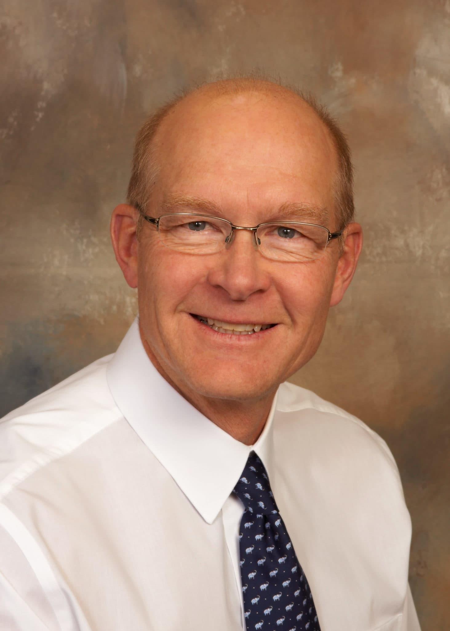Dr. Dean G Nissen MD