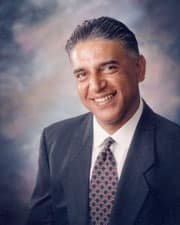 Dr. Rajiv N Khanna MD