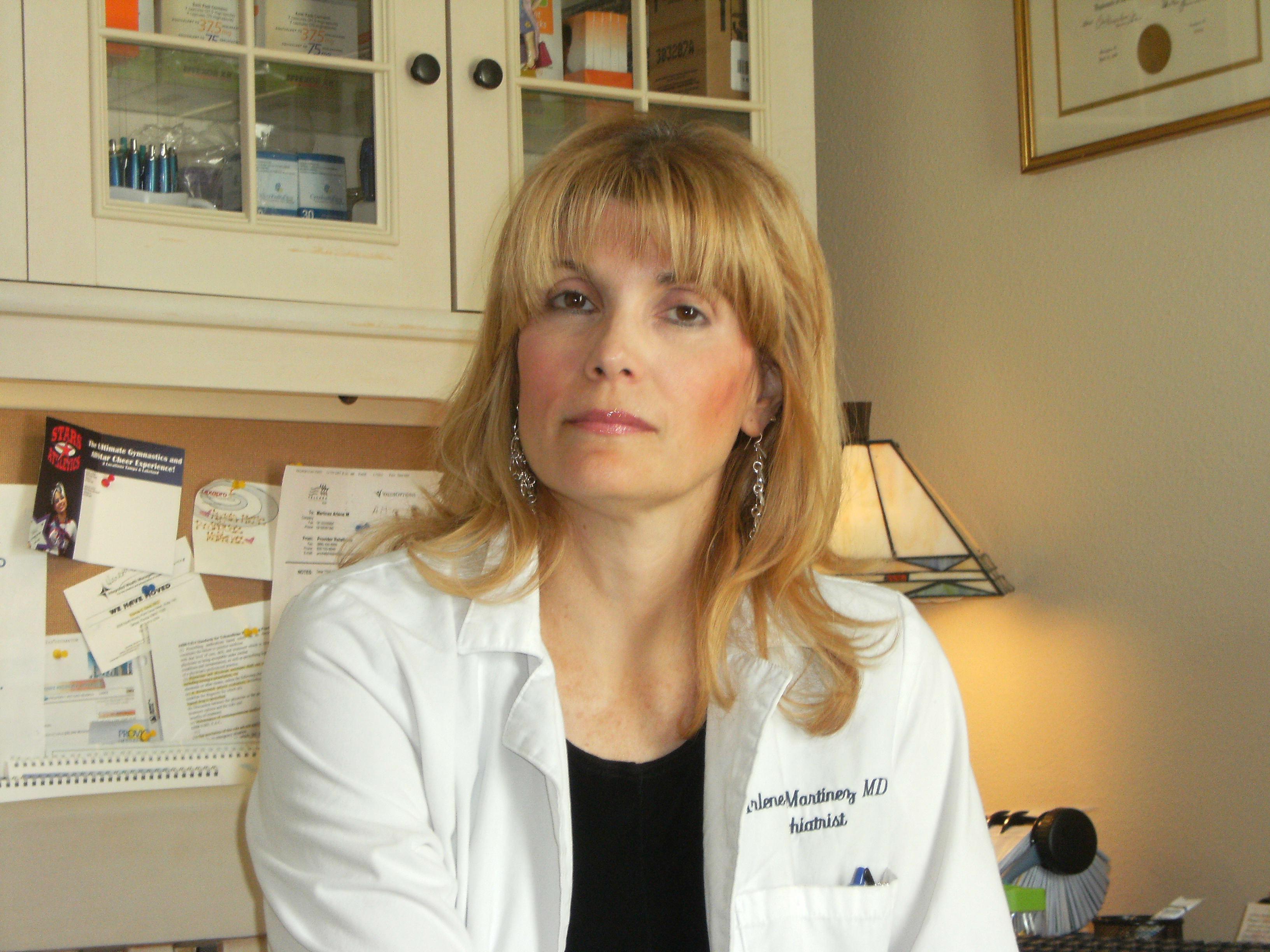 Dr. Arlene M Martinez MD