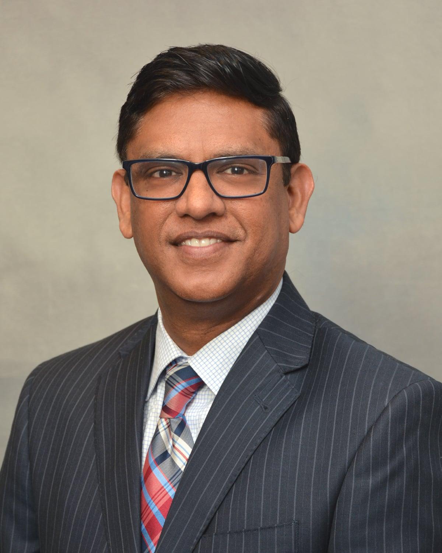 Dr. Ravi V Ravinuthala MD