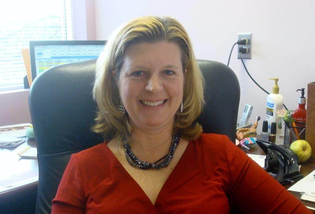 Dr. Melissa L Hawkins-Holt MD