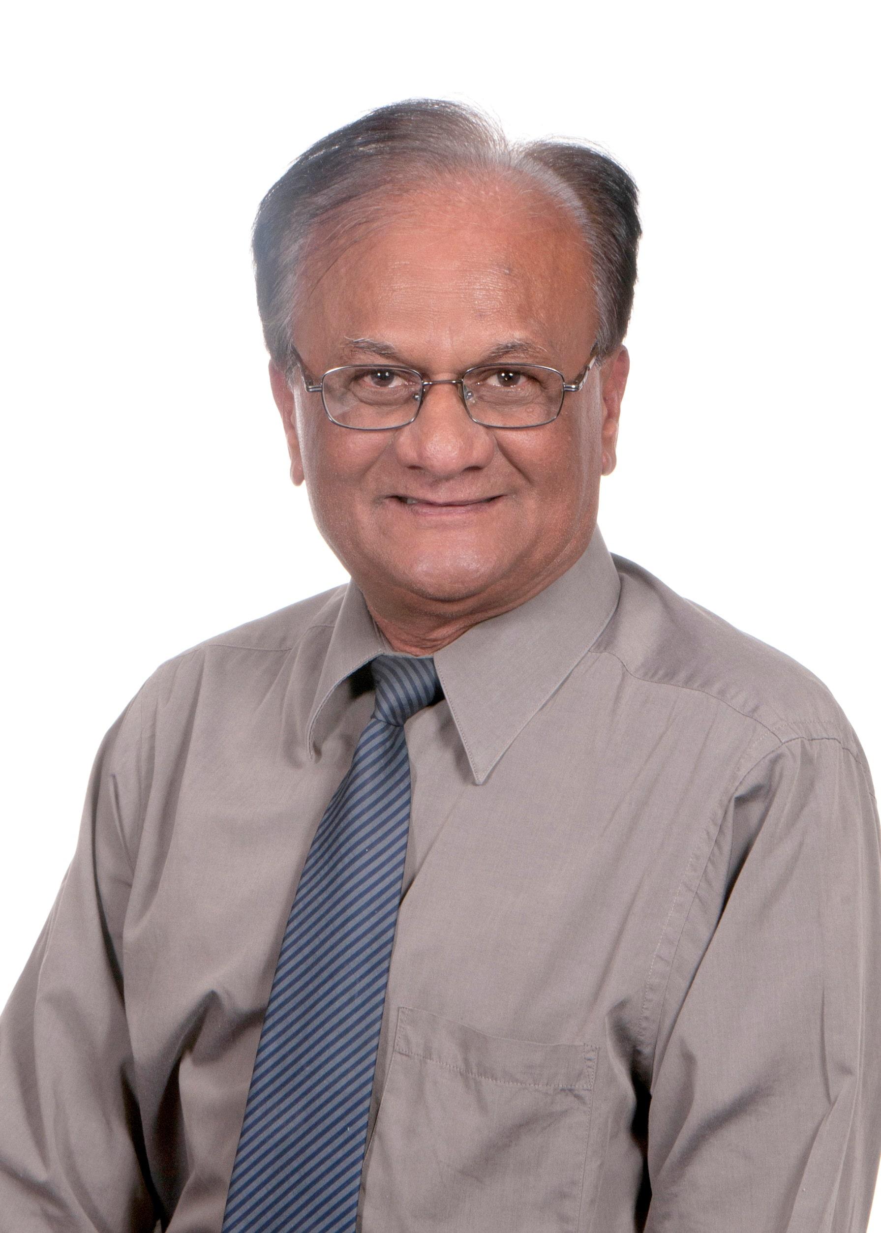 Dr. Piyush R Viradia MD