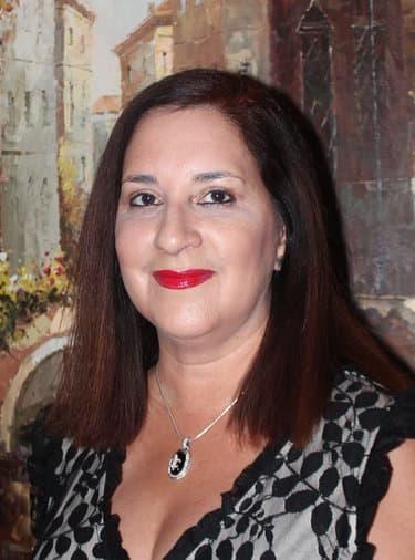 Dr. Myrna Bobet MD