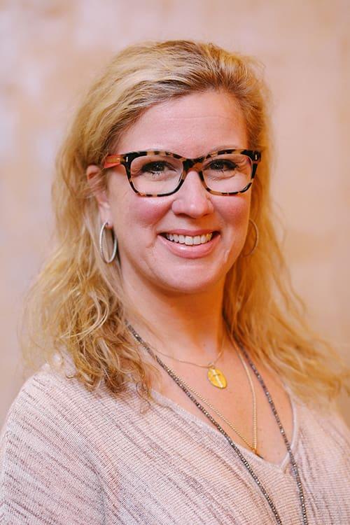 Dr. Angela R Mccool-Pearson MD
