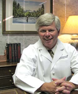Dr. William W Kerfoot MD