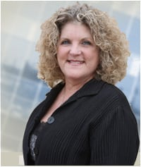 Dr. Barbara L Voss-Alvarez MD