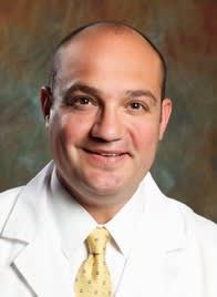 Dr. Cesar J Bravo MD
