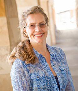 Dr. Lisa D Jamroz MD