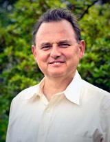 Dr. Carl S Mora MD