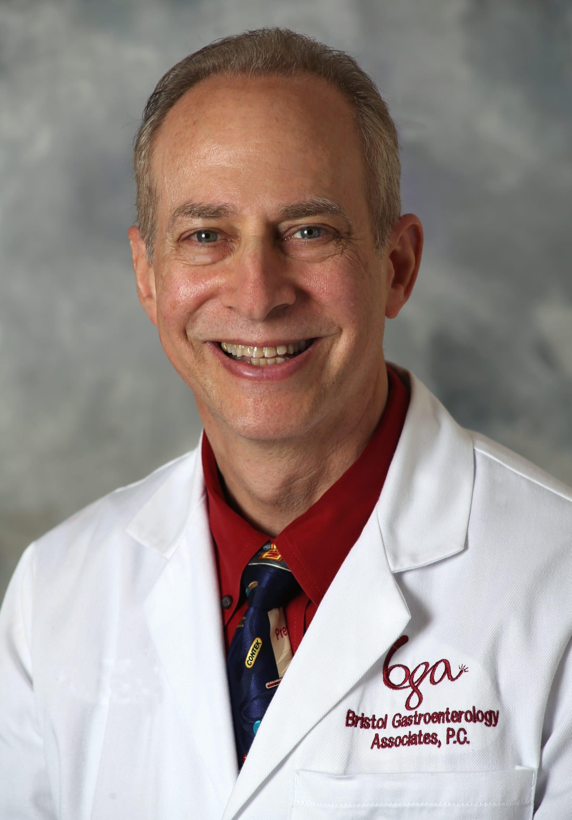 Daniel Smiley, Connecticut GI - Gastroenterology Doctor in
