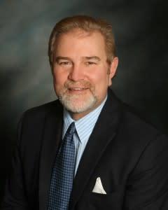 Dr. Paul R Williamson MD