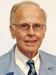 Dr. Michael I Hussey MD