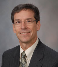 Dr. Robert W Hered MD