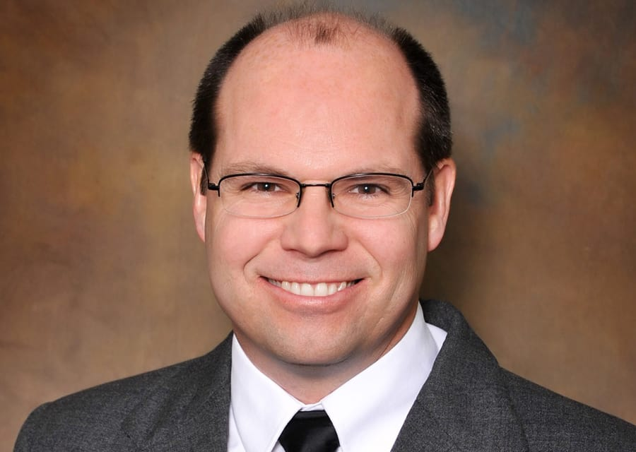 Dr. Kevin J Folchert MD