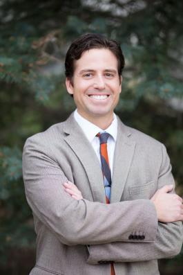 Dr. Daniel D Cornett MD
