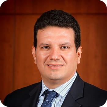 Dr. Juan C Reina MD