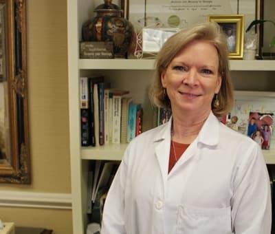 Roberta H Andrews, MD Internal Medicine