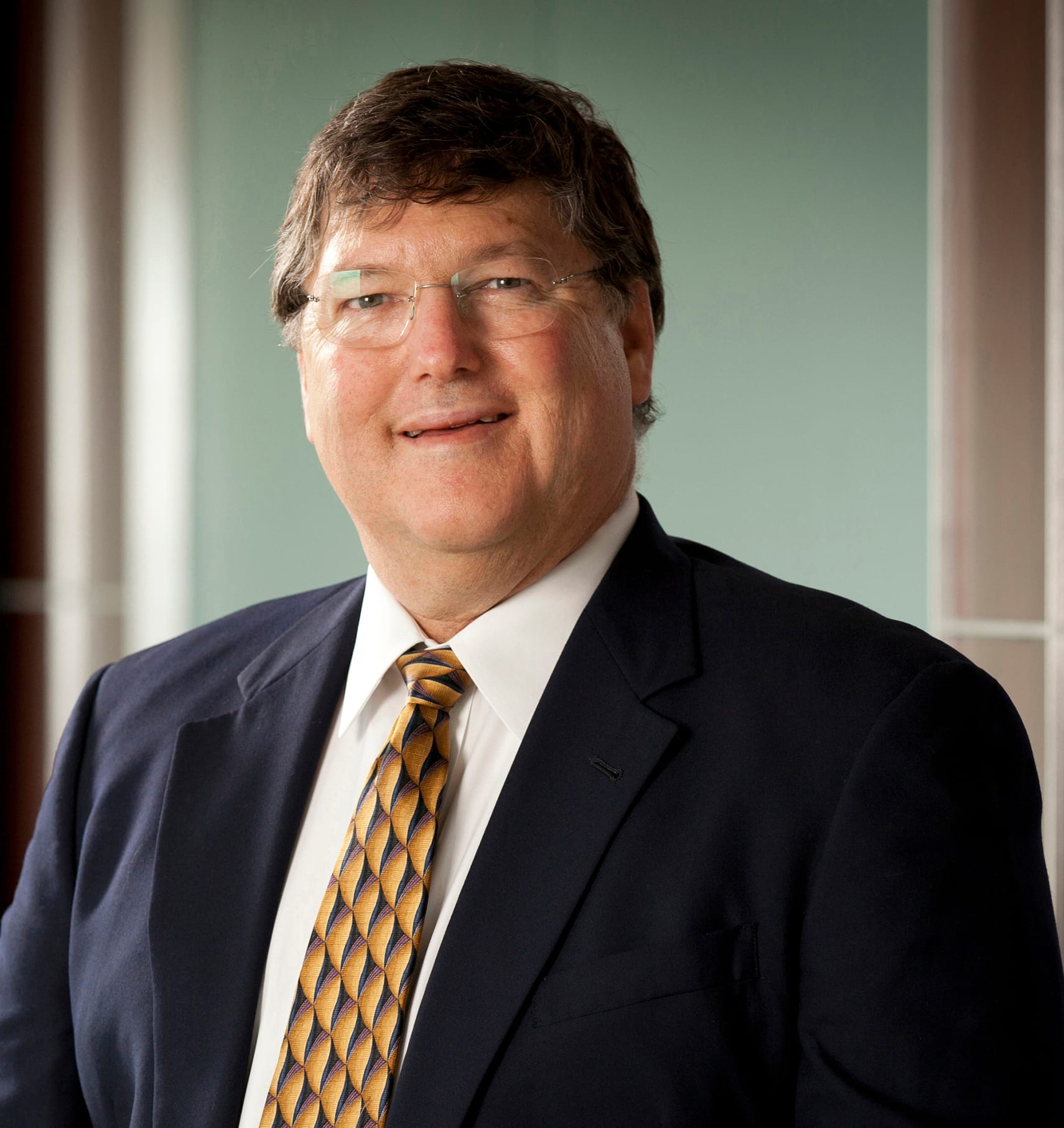 Dr. Stewart M Dean MD