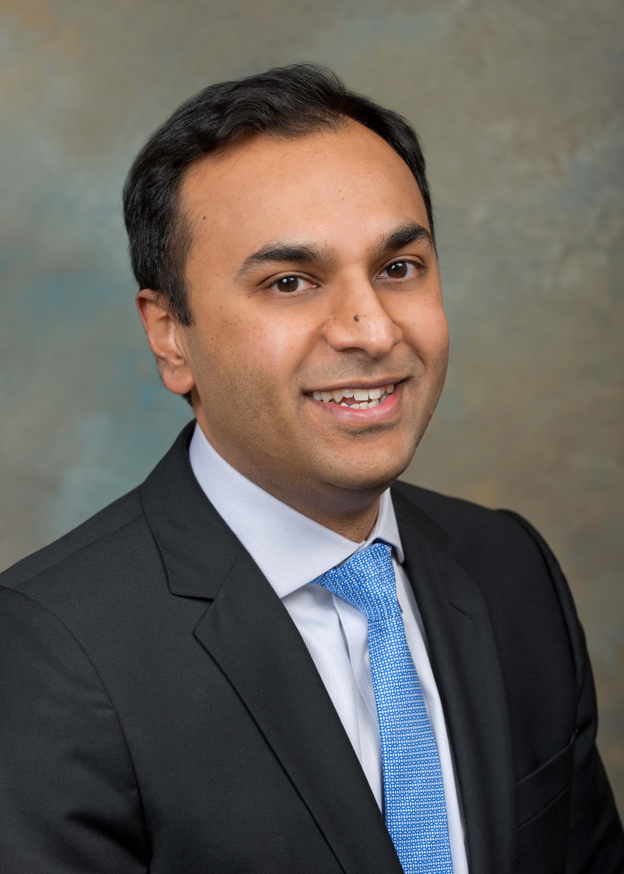 Dr. Ravindra A Shah MD