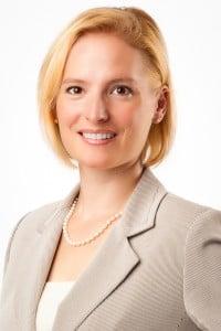 Dr. Tara M Viechnicki MD
