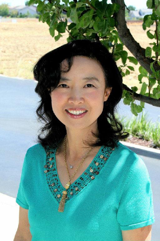 Dr. Lucia Y Yang MD
