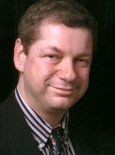 Dr. Howard M Druce MD