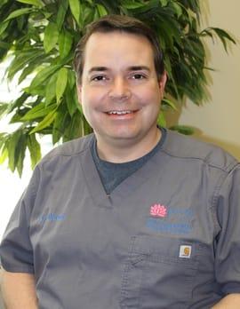 Dr. Travis W Mccoy MD