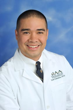 Dr. Luis V Centenera MD