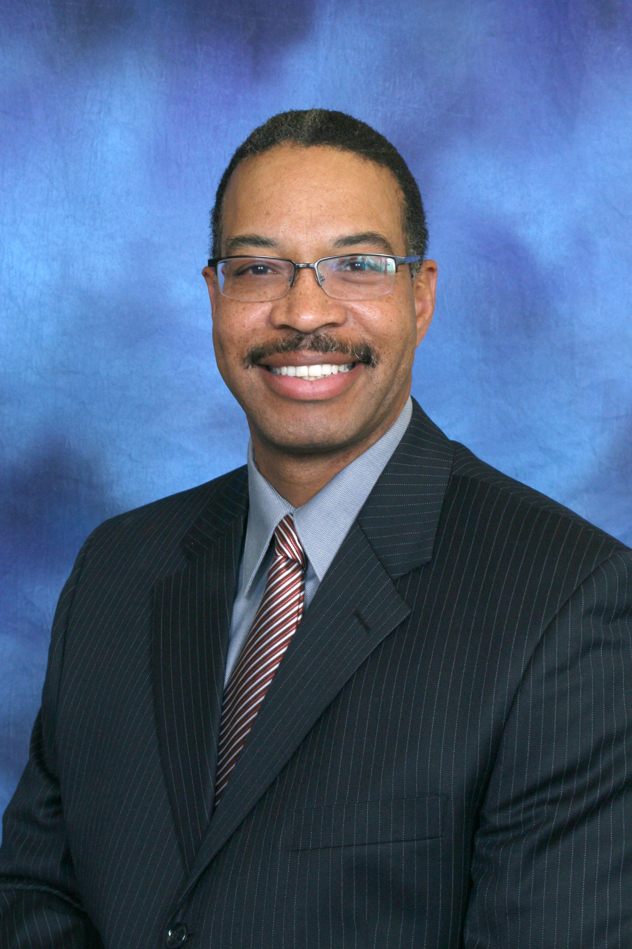Dr. John H Traylor MD