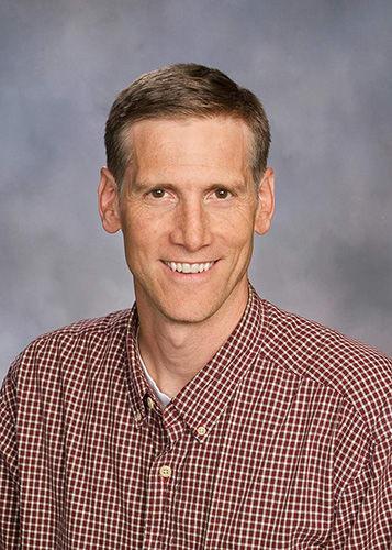Dr. Richard W Welling MD