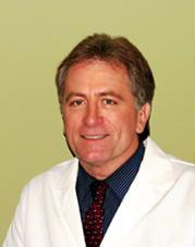 Dr. Kenneth R Simpson MD