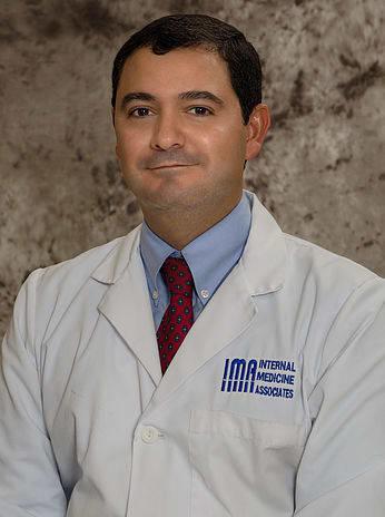 Dr. Victor M Luna MD
