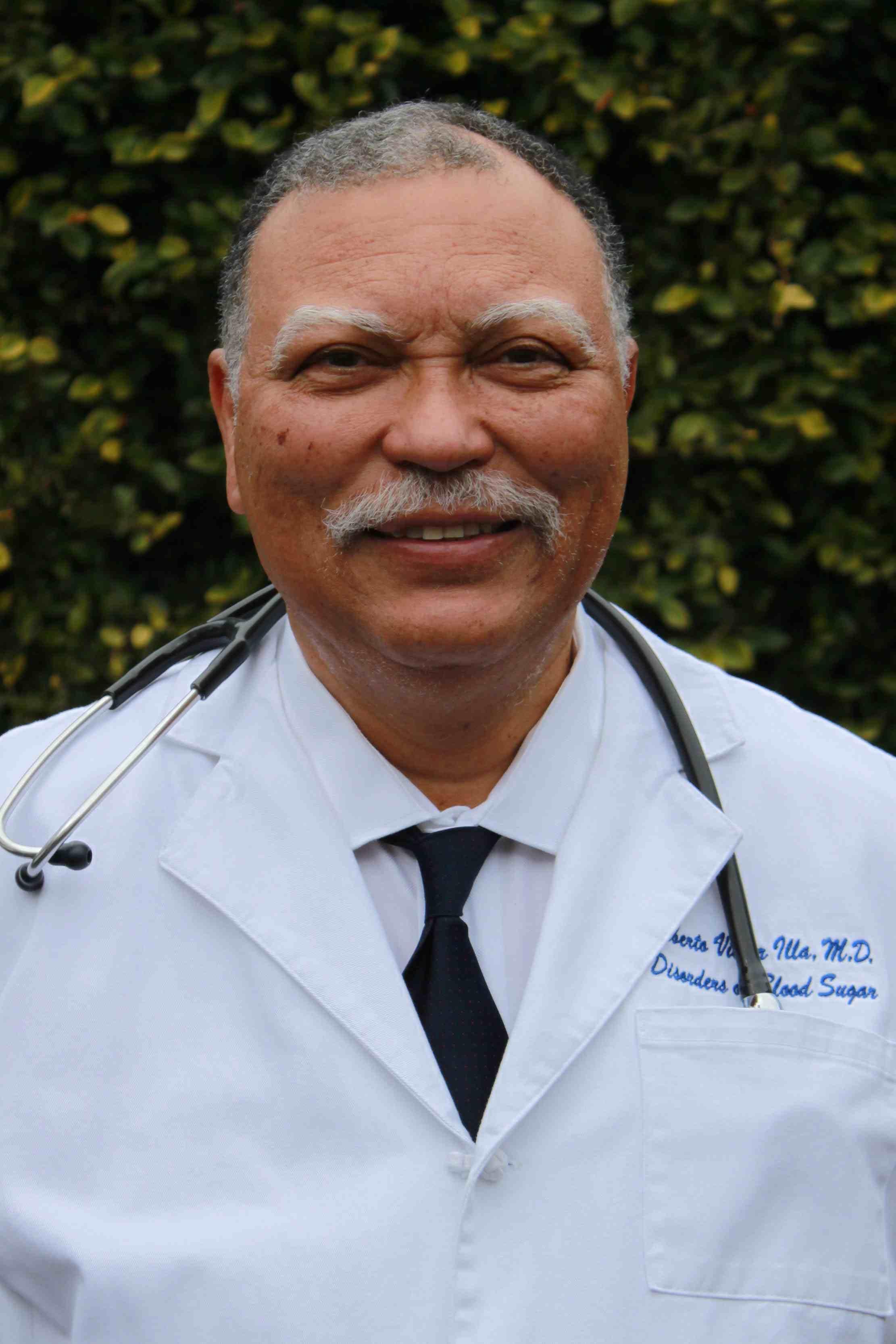 Dr. Roberto V Illa MD