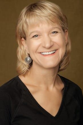 Dr. Cynthia E Martin MD